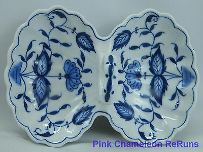 "Vintage Trinket Dish Two Sides Blue and White Porcelain Handle 5"" Long"