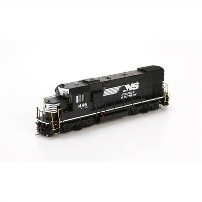Athearn Genesis Norfolk Southern (NS) GP15-1 with DCC and Sound