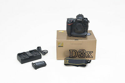 Nikon D3X Full Frame 24.5MP DSLR Body incl. Box and Accessories A+ Condition