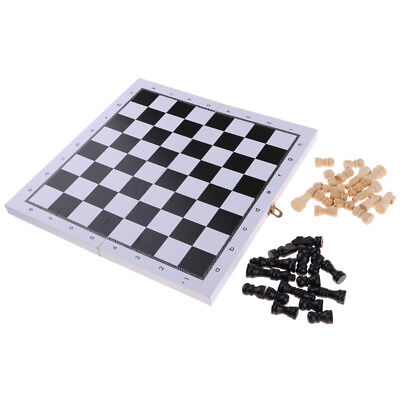 Portable Folding Wood Folded Chessboard and 32 Wooden Chess Pieces Set