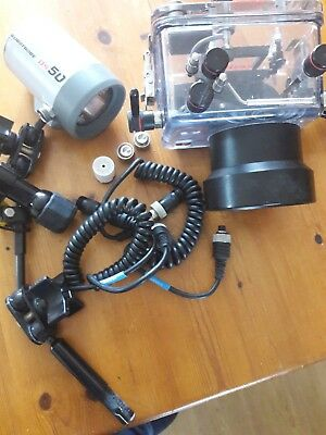 Ikelite Housing for Olympus C 8080WZ with suitcase, strobe, spot and cables