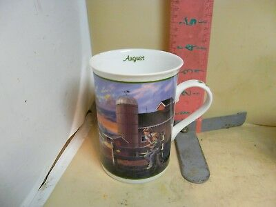 The Danbury Mint John Deere Month Mug - August, Out To Feed  - No Damage!