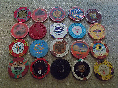 LOT OF 20 DIFF.  denomination CASINO CHIPS~ VARIOUS LOCATIONS (#10c) $2.99 ship