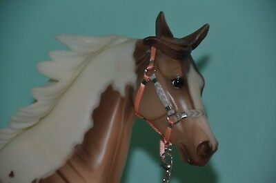 Traditional Breyer Horse Halter with Leadrope