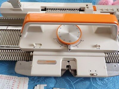 Knitmaster Mk70 Fold Up Knitting Machine