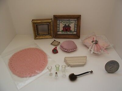 1:12 Scale Miniature Dollhouse Mixed Assorted Lot #4 Picture Frame Pillow