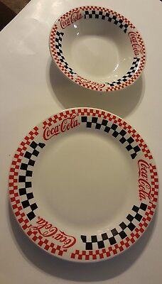 Coca Cola 1996 Vtg Gibson Serving Dish & Salad/Soup Bowl.
