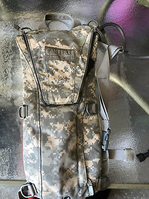 US Army Camelbak Hydration System Water Backpack Carrier