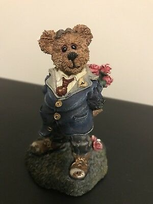 Boyds Bears Franklin T. Rosenbearg...Bearing You Roses 1999 Bearstone Collection