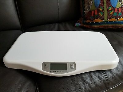 AFENDO Electronic Digital Smoothing Infant, Baby and Toddler Scale - White