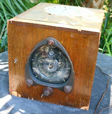 Antique Wood Zenith Vintage 9 Radio Walton Waltons w/ Black Dial parts or fix