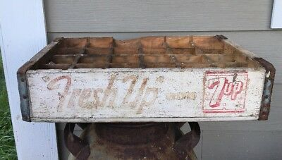 Vintage Wooden Soda Crate Seven Up 7-Up Fresh Up with 7 Up Duluth, MINN