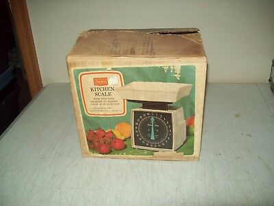 vintage Sears kitchen household scale 25 pound scale with box Excellent shape