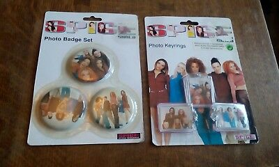 SPICE GIRLS Official Merchandise - 3 Photo Keyrings and Photo Badge set Sealed