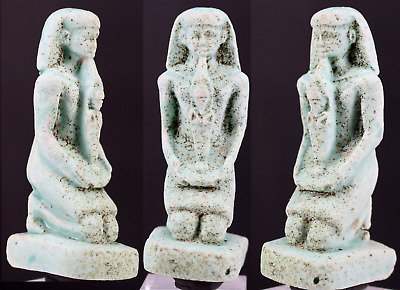 Smal egyptian faience statue of a Pharao in front you see Osiris 6,2cm.