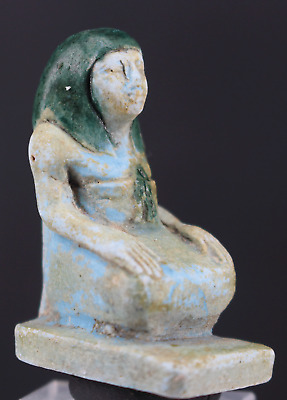 Small faience amulet of a scribe 3,8cm.