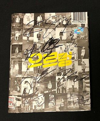 "EXO autographed ""XOXO"" Korean ver. 1st Repackage Album signed PROMO CD"