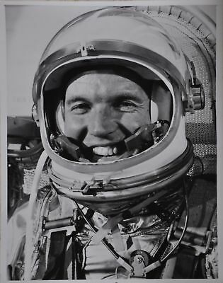 "Original 1963 8"" x 10"" Photo of Mercury 7 Astronaut Gordon Cooper in Space Mask"