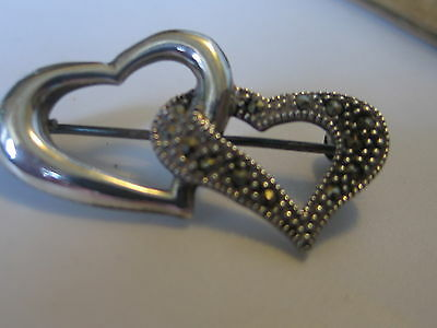 VTG STERLING SILVER MARCASITES ENTWINED HEARTS SPARKLING BROOCH PIN 5.2g