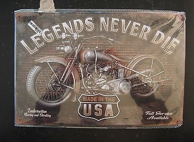 Tin Sign - Legends Never Die, Made in the USA (with classic Harley) - 20 x 30cm