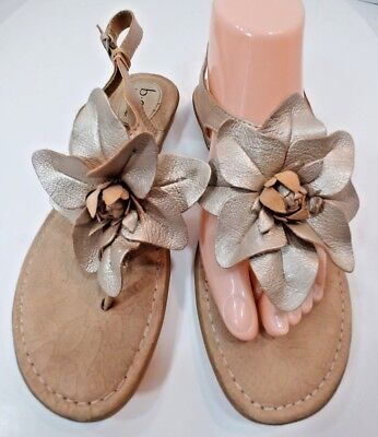 737758282ffb Born Concepts BOC Thong Low T Sandals Beige Champagne Frost Leather Womens  8 39