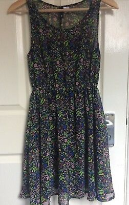 13a8ada28085d DIVIDED H&M FLORAL SKATER DRESS SUMMER CAPPED SLEEVE SIZE 4 / Small