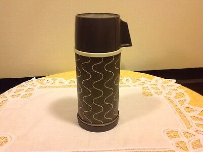 Landers Frary & Clark Universal Vacuum Bottle Thermos Glass Lined Mid Century