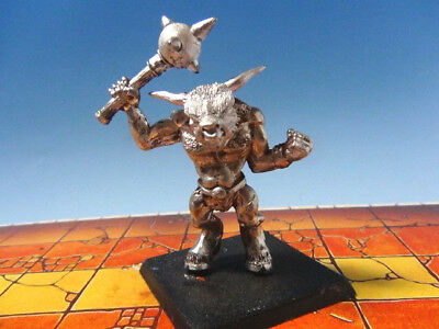 Warhammer Fantasy Battle Minotaur with Mace - Metal Citadel Games Workshop OOP