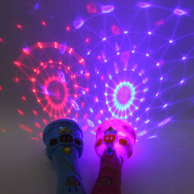 UK 2018 LED Light Up Night Flashing Projection Torch Shape Plastic Kids Toys