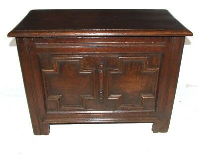 Antique SOLID Oak Coffer / Blanket Box / Shoe Store / Toy Storage / Coffee Table