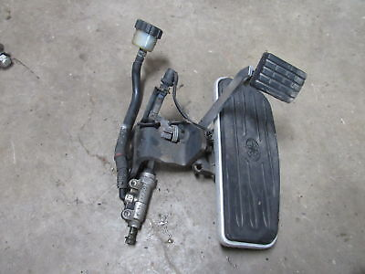 99-09 YAMAHA V STAR 1100 XVS1100  REAR BACK BRAKE MASTER CYLINDER w/ FOOT REST