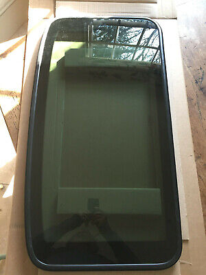 Genuine Land Rover Freelander 1 Brand New Sunroof Glass - EFT500070