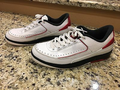 brand new f117b ab397 AIR JORDAN 2 II RETRO LOW 832819-101 CHICAGO LOW WHITE VARSITY RED Sz 9.5