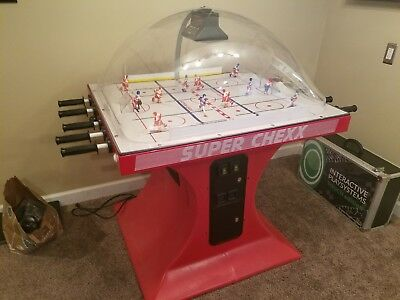 HUO (Home Use OnlyO Super Chexx Bubble Hockey + extras