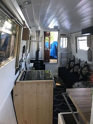 42 ft modern  Narrowboat Liveaboard Houseboat  refitted recently blacked