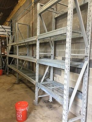 "Three Sections Ridge U Rack  Pallet Racking 30"" x 120""H..."
