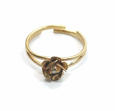 Elegant Hidden Pearl Gold Tone Fashion  Estate Ring Size 5-7 (adjustable)