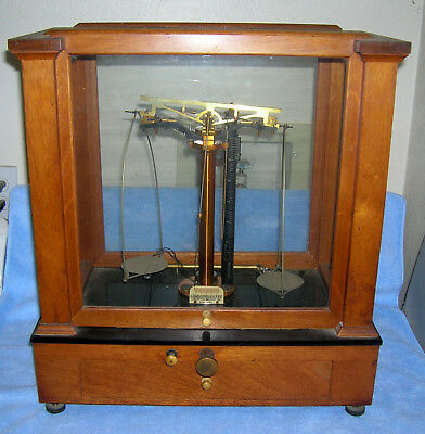 Vintage Christian Becker Jewelry/Apothecary Scale Wood/Glass Case no Weights