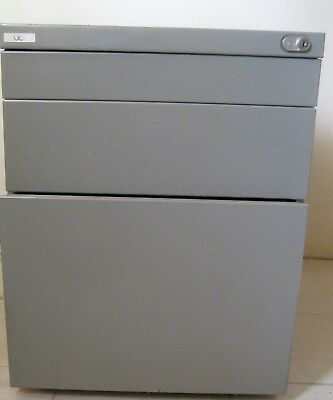 Mobile Metal Pedestal / Office Filing Drawers with key