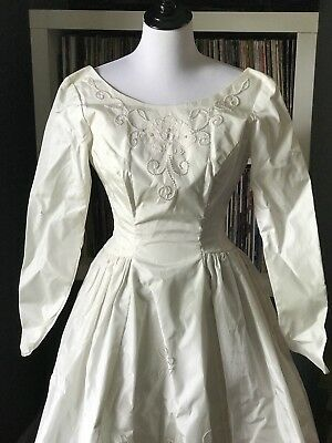 Vintage 1950s Taffeta Long Sleeve Wedding Dress With Pearl Embellishment Size 10