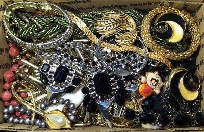 Huge Vintage - Now Jewelry Lot Estate Find Junk Drawer UNSEARCHED UNTESTED #459