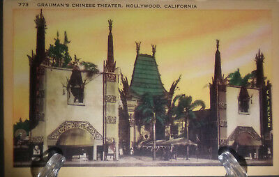 (PC 25) Unused Vintage Post Card-Grauman's Chinese Theater Hollywood, California