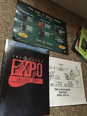The X-Files Expo Chicago 1998 goodie bag lot Mulder Scully AOL online CD