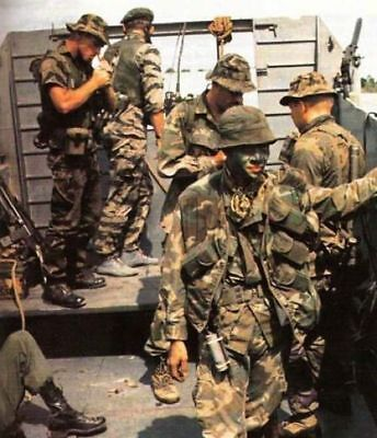 Vietnam War U.S. Army LRRP Readying For Mission 1969 High Gloss 8.5x11 Photo