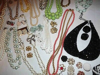 Huge Lot C Of Vintage Beaded Jewelry Necklaces, Earrings & More *lqqk*