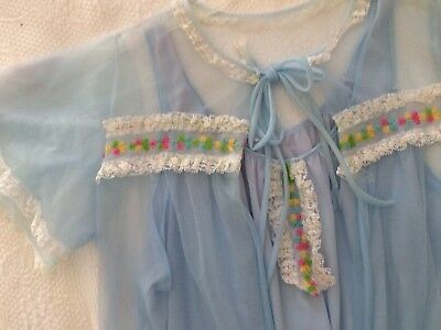 Vintage Long BLuE NyLoN Peignoir Nightgown SHeeR Robe Set MEDIUM Lace Trim