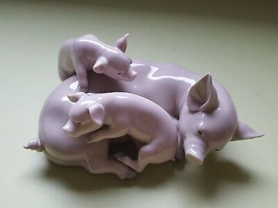 Lladro Pig And Piglets Orniment