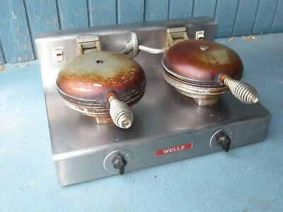 Wells Mfg Co. Model We-2 Commercial Waffle Maker 120V