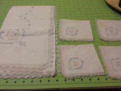 "Vintage Embroidered Table Cloth Napkin Set Linens Tablecloth 32""x32"" 4 Napkins"