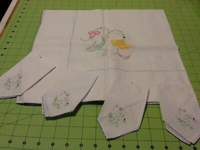 "Vintage Embroidered Table Cloth Napkin Set Linens Tablecloth 30""x30"" 4 Napkins"